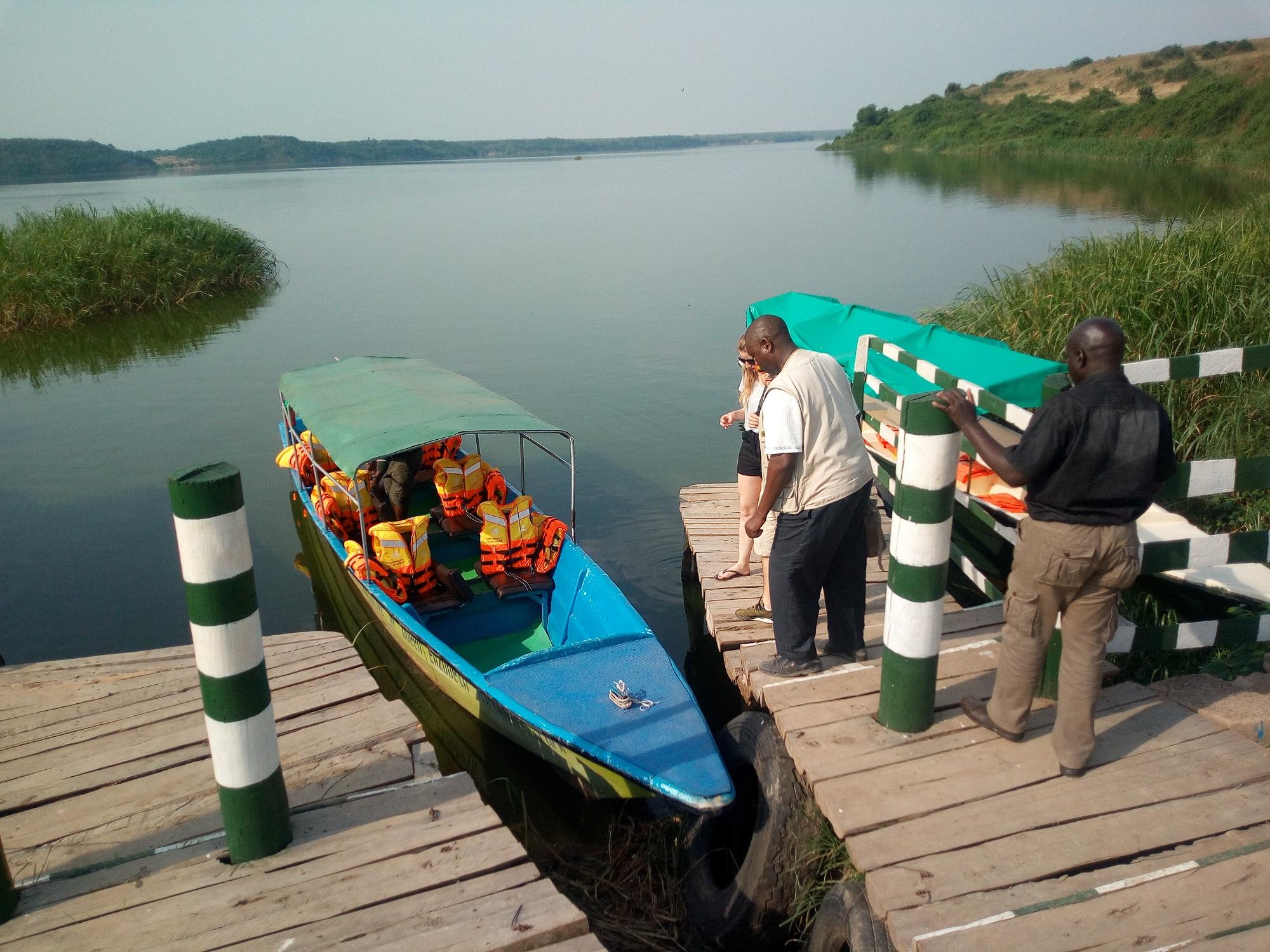Community boat cruise
